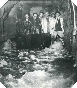 Mise en eau de la galerie de Louchadière en 1953